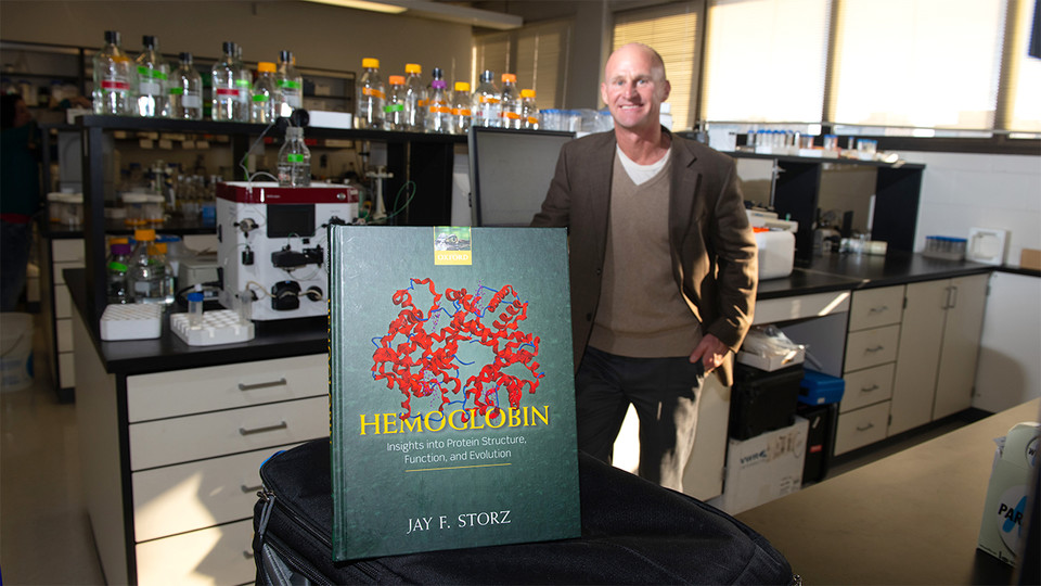 Q&A: Biologist previews new book, explains writing process